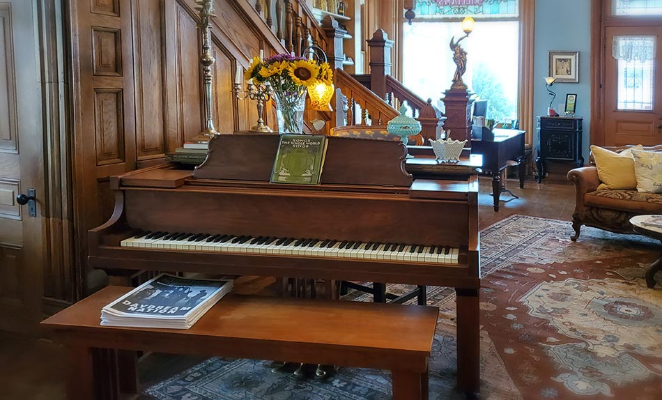 reception area piano at the best places to stay in Hot Springs Arkansas